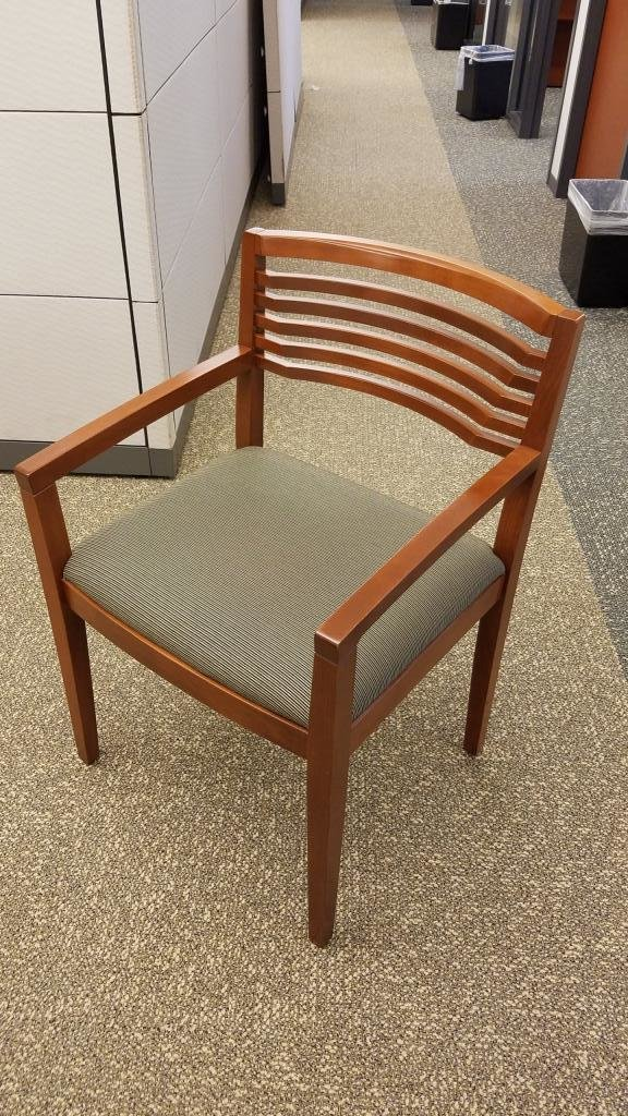 Knoll Ricchio Guest Chairs